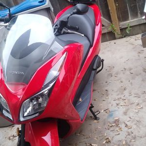 2014 Honda Forza 279 Cc In Mint Condition Registration Till 2022 Jan for Sale in Fresno, CA