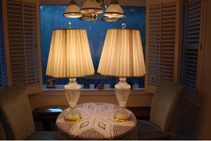 Antique lamps- 32 inches tall for Sale in Atlanta, GA