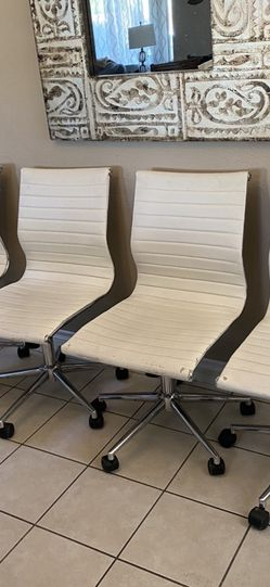 Four chairs for Sale in Las Vegas,  NV