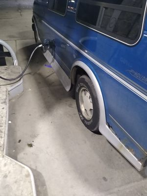 99 chevy Express for Sale in Detroit, MI
