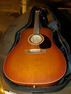 Art and Lutherie cedar acoustic guitar (case included) for Sale in Everett, WA