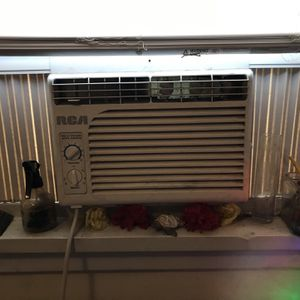 Air Conditioner for Window for Sale in Mount Rainier, MD