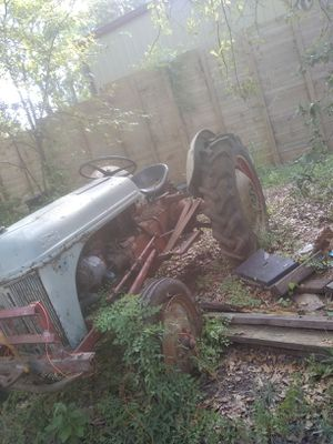 Ford Tractor for Sale in Montgomery, TX