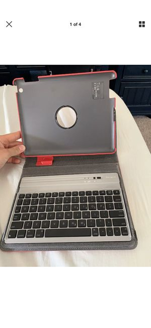 Laptop 4-1 For IPad for Sale in Simi Valley, CA