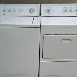 Electric Kenmore Washer And Dryer for Sale in Phoenix, AZ