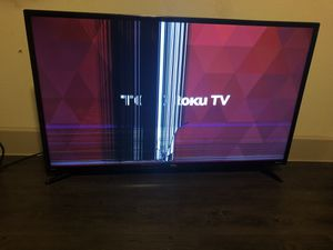"""TCL Roku tv 40 """"...Display broken.. woks great... selling for $35 for Sale in Richardson, TX"""