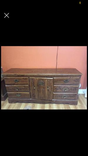 Wood dresser and night stand for Sale in Rockville, MD