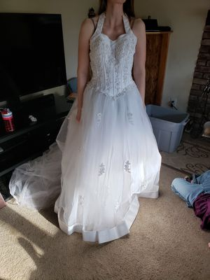 Princess Wedding Gown for Sale in Federal Way, WA