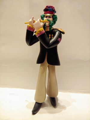 GENUINE McFARLANE YELLOW SUBMARINE TOY FIGURE PAUL WITH FLUTE for Sale in Clifton Heights, PA