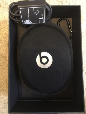 Beats solo 2. Wired. for Sale in MONTGOMRY VLG, MD