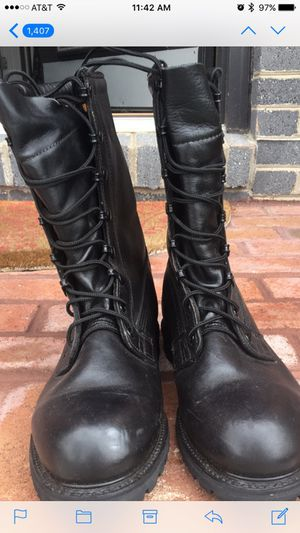 Army issued intermediate cold weather boots for Sale in Alexandria, VA