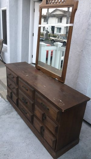 Antique dresser with mirrror for Sale in Huntington Beach, CA