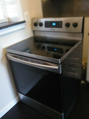 Refrigerator, stove and dishwasher (Moving Sale!!!) for Sale in Washington, DC