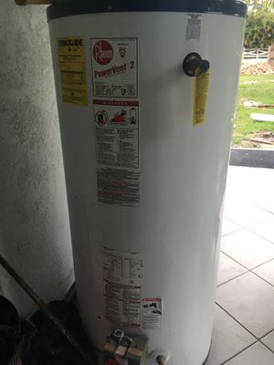 Rheem gas water heater 75gal for Sale in Loxahatchee, FL