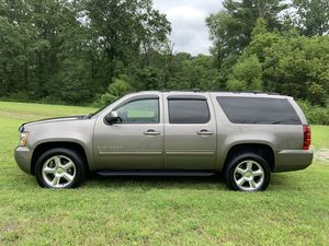2013 Chevy Suburban LTZ 4WD for Sale in Annandale, VA