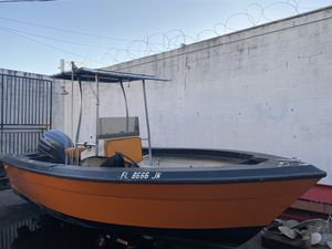 Boat 18 ft 1988 Yamaha outboard for Sale in North Miami Beach, FL