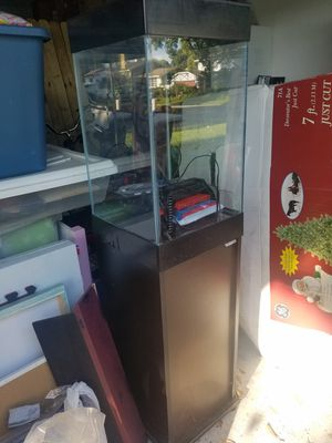 Fish tank for Sale in Brandon, FL
