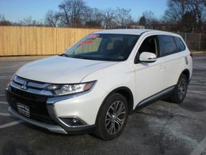 2016 Mitsubishi Outlander for Sale in Sharon Hill, PA