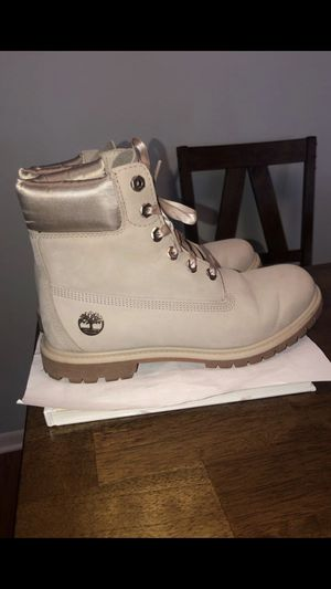 Women's Timberland boots for Sale in Oak Lawn, IL