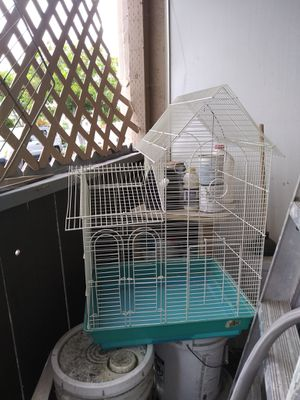 Bird cage very nice, very good condition. for Sale in San Diego, CA