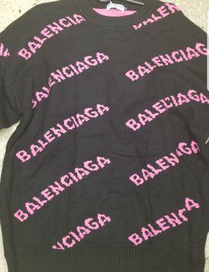 Balenciaga sweater for Sale in New York, NY