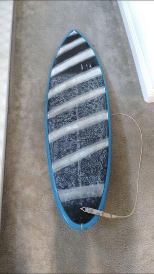 Super fun potato chip surfboard 6'o for Sale in Norco, CA