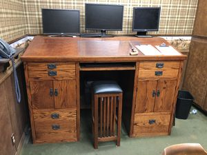 Solid wood standup desk for Sale in San Diego, CA