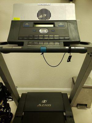 Treadmill- NordicTrack A2105 for Sale in Miami, FL