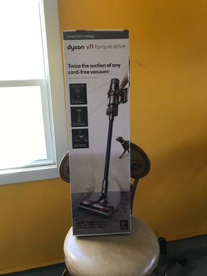 Vacuum dyson v11 torque drive for Sale in Nashua, NH