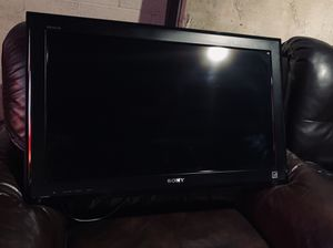 "Sony Bravia KDL-32LL150 32"" 720p HD LCD Television Excellent Condition black for Sale in Long Beach, CA"