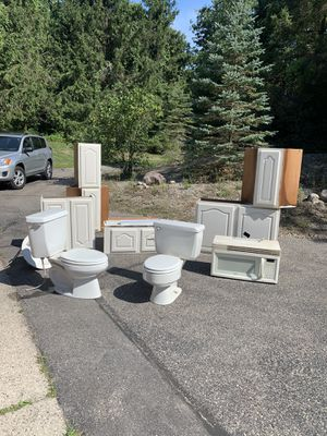 Free Cabinets, Sinks, More! for Sale in Ada, MI
