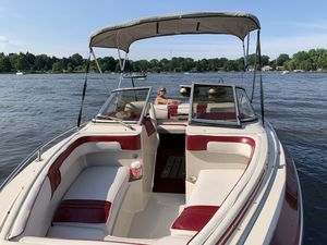 23ft SeaRay Runabout for Sale in Saint Paul, MN