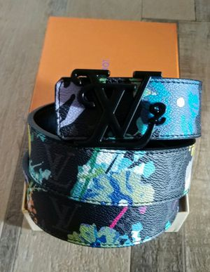 2020 Louis Vuitton belt for Sale in Lanham, MD