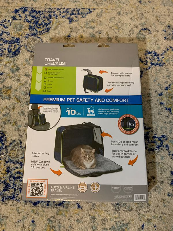 New Petmate Sleep and See Carrier w Fold Out Bed