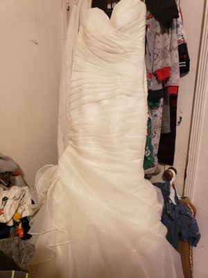 Stella york wedding dress for Sale in Los Angeles, CA