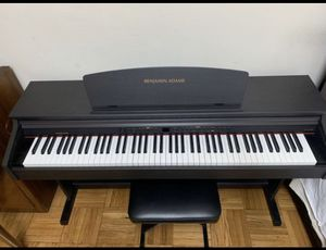 electronic piano for Sale in Queens, NY