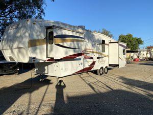 2009 Coachmen Wyoming 332RLTS for Sale in Sacramento, CA