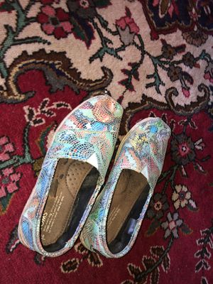 Toms size 8 for Sale in Murfreesboro, TN