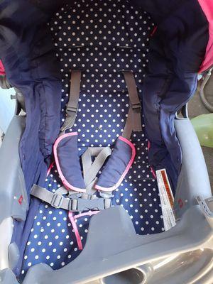 Baby stroller/car seat for Sale in Saint Joseph, MO