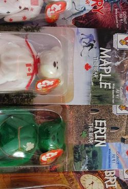 Beanie Babies International set 1 in Original package for Sale in Moreno Valley,  CA
