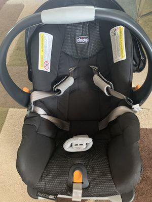 Chicco KeyFit 30 Zip Air Infant Car Seat for Sale in Vallejo, CA