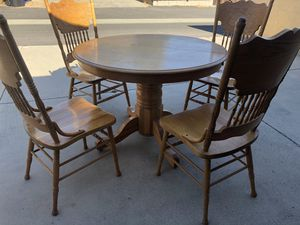 Solid Oak Kitchen Table with leaf & 6 chairs for Sale in Claremont, CA