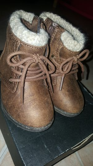 5c girls boots for Sale in Parkton, NC