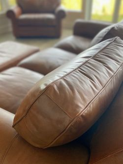 Prestine Leather Couch, Ottoman & Oversized chair for Sale in Sherwood,  OR
