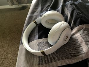 Beats headphones for Sale in Star City, WV