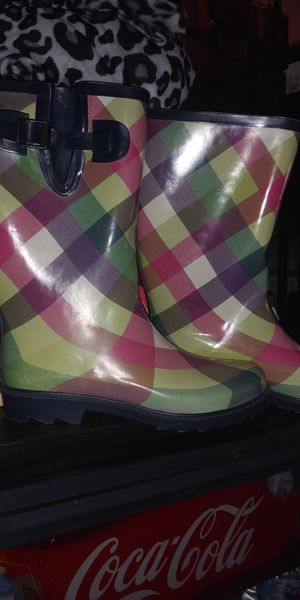 Rain boots size 10 women for Sale in Lincoln Acres, CA