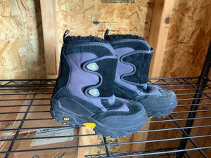 Kids snow boots from GAP size 12 for Sale in Los Angeles, CA