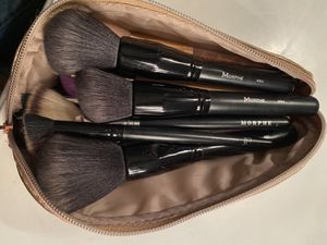32 high end makeup brushes for Sale in Fresno, CA