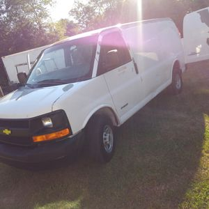 Chevy 2500 express for Sale in Plains, GA