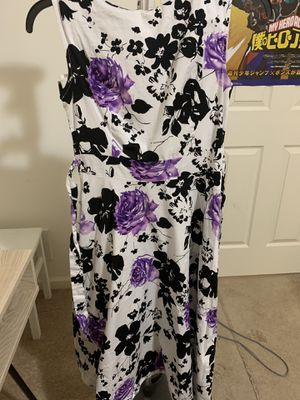 Acevog Size Large black and purple flowers printed 60s inspire dress for Sale in Sicklerville, NJ